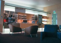 Aménagement de l'espace lounge pour Qantas British Airway, Aéroport de Sydney, by Luc Simon & Axel Kraus.